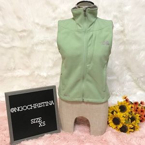 The North Face Women's Windwall Light Green Vest